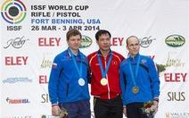 Hoàng Xuân Vinh xô ngã kỷ lục thế giới