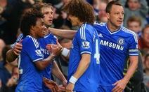 Tưng bừng thắng Stoke, Chelsea lên đầu bảng