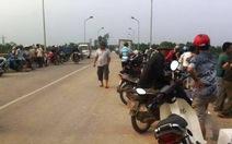 Thanh niên vứt xe đạp, nhảy sông Lam tự vẫn