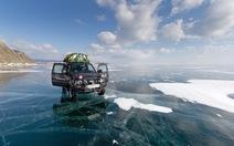 Lái xe 800km qua hồ Baikal đóng băng