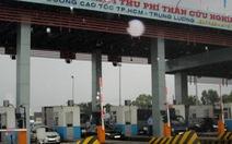 Đường cao tốc TP.HCM - Trung Lương kẹt xe hàng giờ liền
