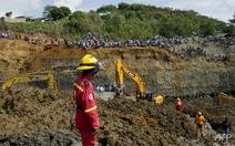 Hơn 30 người bị chôn vùi trong mỏ vàng sập ở Colombia