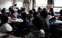 Học sinh Mỹ gốc Á giỏi hơn vì chăm học hơn