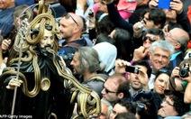 Lễ hội rắn kỳ lạ ở thị trấn Cocullo nước Ý