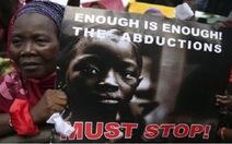 Chiến binh Hồi giáo Nigeria đòi bán các nữ sinh bị bắt cóc