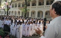 Học sinh sinh viên phải hát quốc ca tại lễ chào cờ