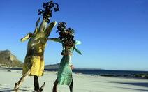 Rác bãi biển và những tác phẩm nghệ thuật độc đáo