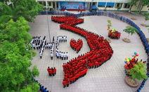 1.200 giáo viên, học sinh xếp hình Tổ quốc Việt Nam