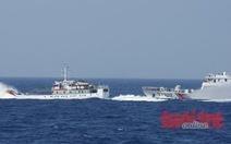 Tàu hải cảnh Trung Quốc đâm hỏng mạn tàu cảnh sát biển Việt Nam