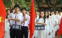 Buổi chào cờ đặc biệt của học trò Huế