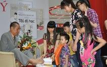 Thầy giáo Nguyễn Ngọc Ký giao lưu với độc giả Quảng Ninh