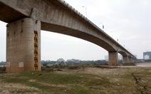 Cầu Vĩnh Tuy nứt do bê tông biến dạng nhiệt không đồng đều