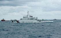 Tàu pháo Trung Quốc giả dạng tàu hải cảnh