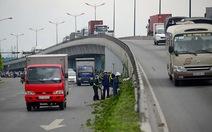 Tai nạn rình rập tại cầu vượt Thủ Đức