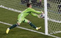 HLV Capello ủng hộ thủ môn Akinfeev