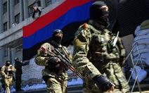 Quân ly khai Ukraine chiếm căn cứ quân sự ở Donetsk