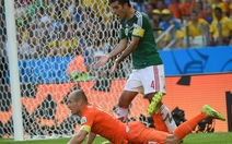 Robben xin lỗi vì ăn vạ kiếm phạt đền
