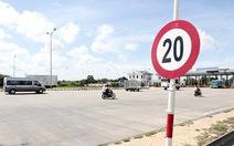 Cần Thơ vẫn còn biển báo 20km/giờ trên quốc lộ