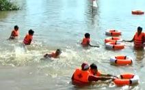 Clip Tập bơi - giải pháp hiệu quả chống đuối nước trẻ em