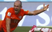 """""""Costa Rica chỉ sợ tài ăn vạ của Robben"""""""