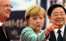 Bà Merkel tới Trung Quốc, lo ngại về tình báo