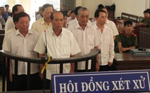 """Vụ """"cát tặc"""" ở Hồng Ngự: Nguyên bí thư huyện ủy lãnh 1 năm tù"""