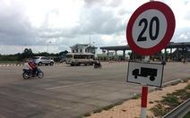 Đã lắp biển báo phụ áp dụng với xe tải