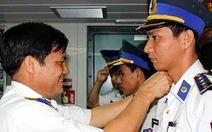 Thăng quân hàm 7 cảnh sát biển từ biển Hoàng Sa trở về