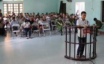 15 tháng tù cho thanh niên hành hung CSGT