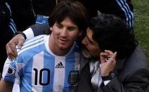 Maradona tuyên bố Messi không xứng nhận Quả bóng vàng
