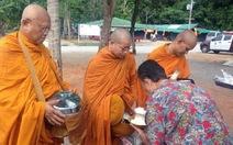Thủ lĩnh biểu tình Thái Lan Suthep đi tu