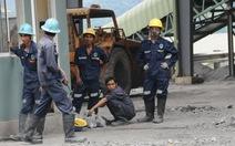 Đóng cửa 2 nhà máy vàng, 1000 công nhân mất việc