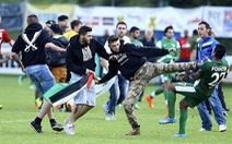 Cổ động viên thân Palestine tấn công cầu thủ Israel tại Áo