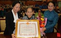 Tặng danh hiệu vinh dự Nhà nước cho 182 bà mẹ VN anh hùng