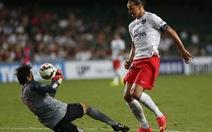 Ibrahimovic lập hat-trick, PSG đè bẹp Kitchee 6-2