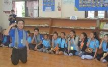 Mùa hè xanh, Kỳ nghỉ hồng tình nguyện tại mặt trận Lào
