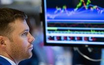 Cả thế giới đồng loạt bán tháo cổ phiếu