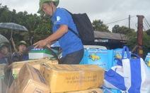 """""""Đội mưa"""" làm tình nguyện ở Lào"""