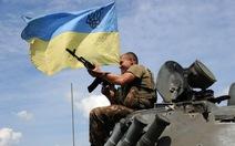 Quân đội Ukraine bao vây Donetsk, yêu cầu dân sơ tán