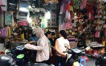 Đi chợ âm phủ mua hàng hiệu