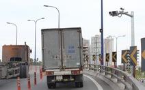 Cầu vượt Cát Lái: Giảm tốc độ xuống 30 km/giờ