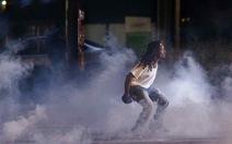 Mỹ: Bạo loạn lại dữ dội vì phóng viên ảnh bị bắt