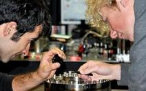 Úc chế tạo kính hiển vi mạnh gấp 20 lần hiện tại