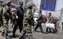 Trung Quốc xử tử tám người ở Tân Cương