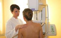 Đi bộ nhiều giúp người bị ung thư giảm nguy cơ tử vong