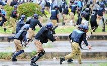 Người biểu tình chiếm Đài truyền hình quốc gia Pakistan