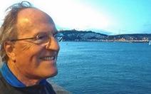 Cụ ông 73 tuổi bơi qua eo biển Manche