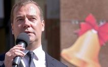 Thủ tướng Nga dọa đóng cửa không phận trả đũa cấm vận