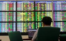 Thanh khoản cải thiện, VN-Index giữ được sắc xanh