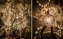 Bộ đèn tuyệt đẹp làm từ... quả dừa